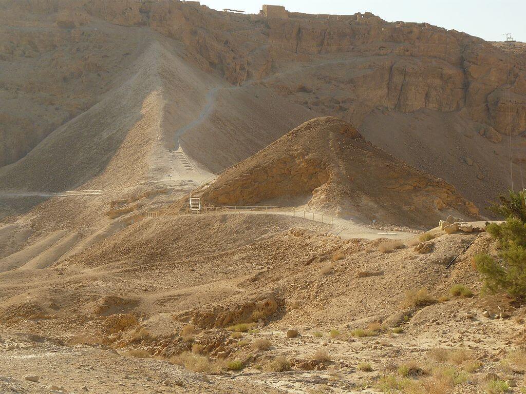 Rampa romana de acceso a Masada