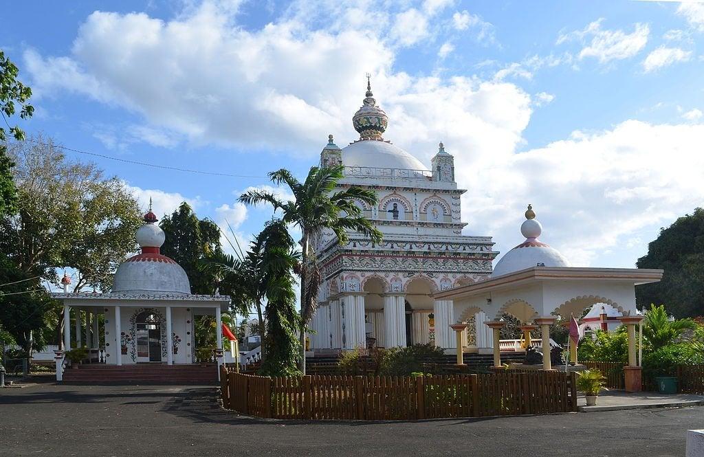 El templo de Triolet, uno de los más grandes de Mauricio