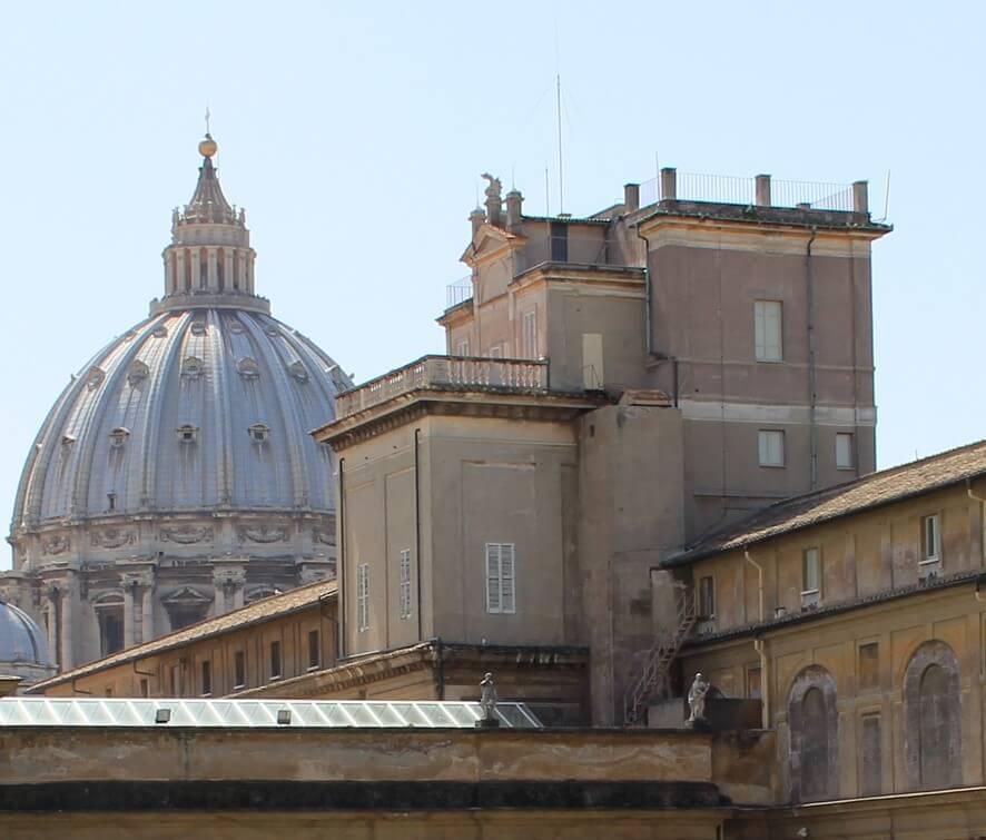 Torre Gregoriana en el Vaticano