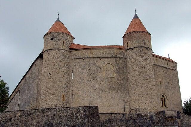 Vista del castillo de Granson