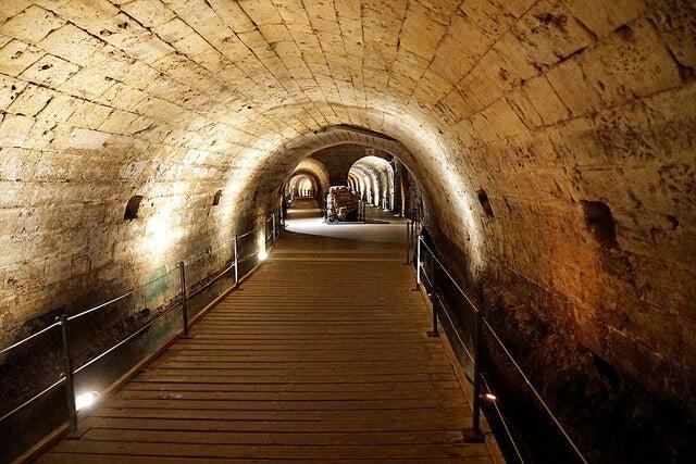 túnel de los Templarios en la Ciudad Vieja de Akko