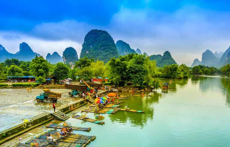 Descubre un lago para soñar en Yangshuo, China