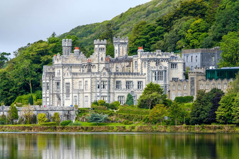 Historia de la abadía de Kylemore: romanticismo y tragedia