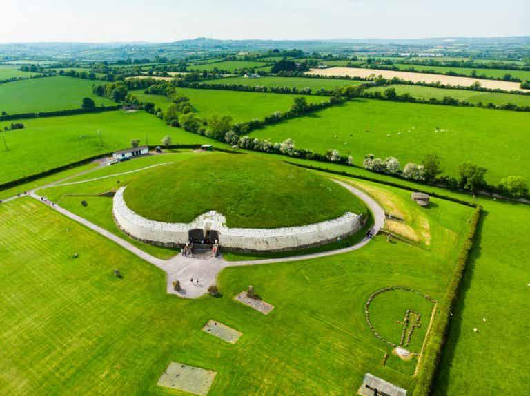 Newgrange: un fascinante pasaje funerario en Irlanda