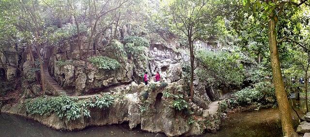 Camino hacia el templo de Lingyin