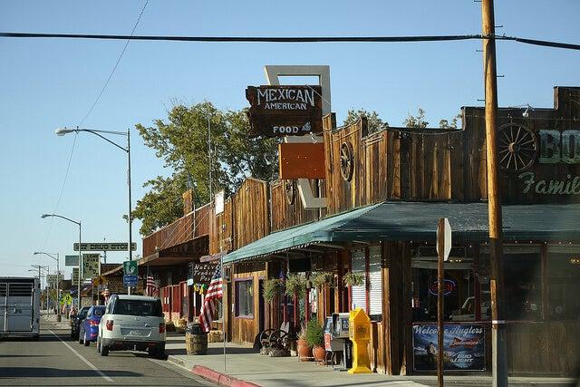 Calle de Lone Pine