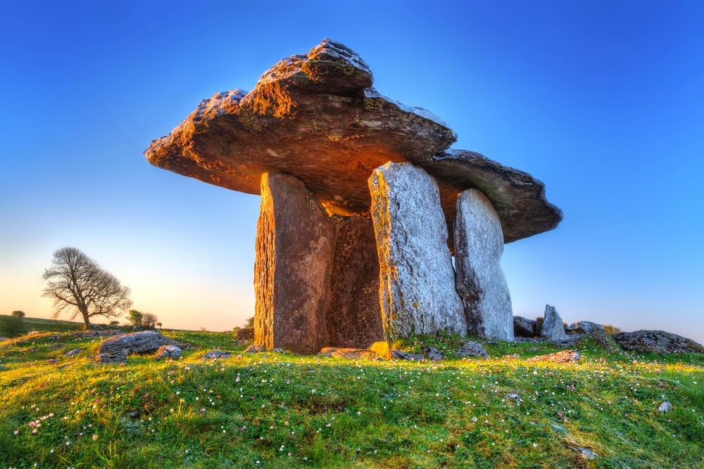 Dolmen de Poulnabrone: imprescindible en Irlanda