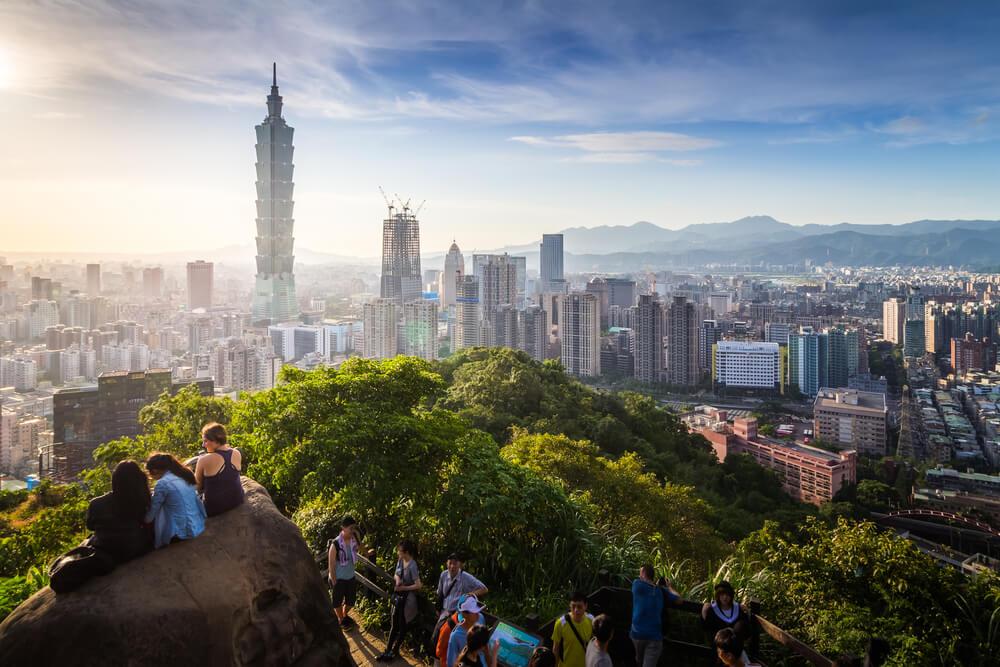 Vistas desde Elephan Mountain en Taipéi en Taiwán