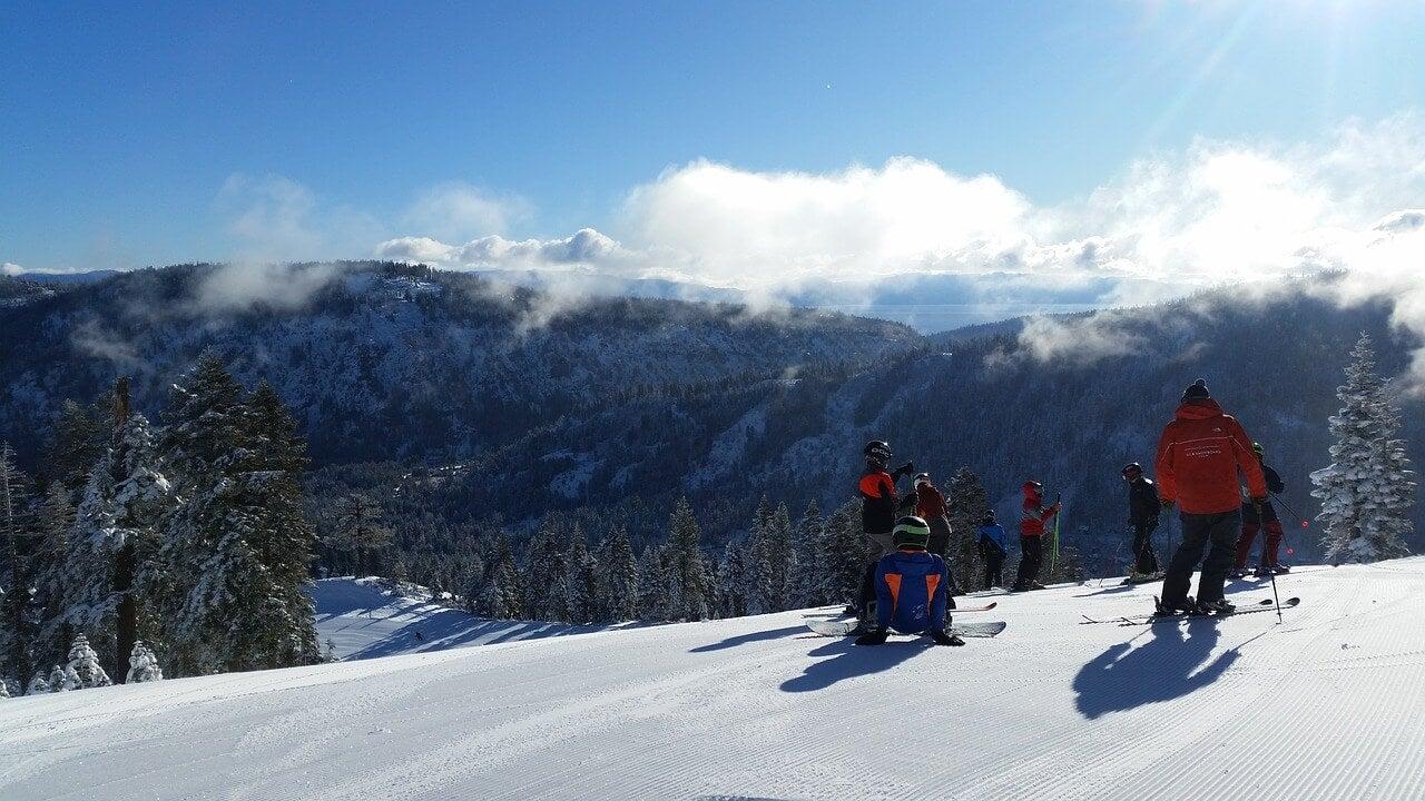 Esquiadores en Heavenly Mountain
