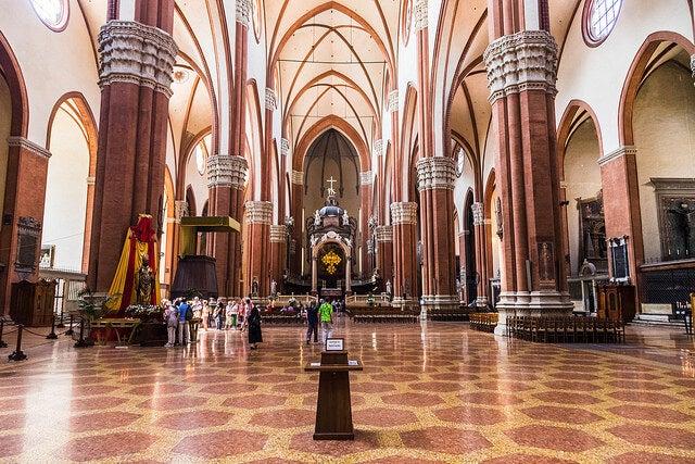 Interior de la Basílica de San Petronio