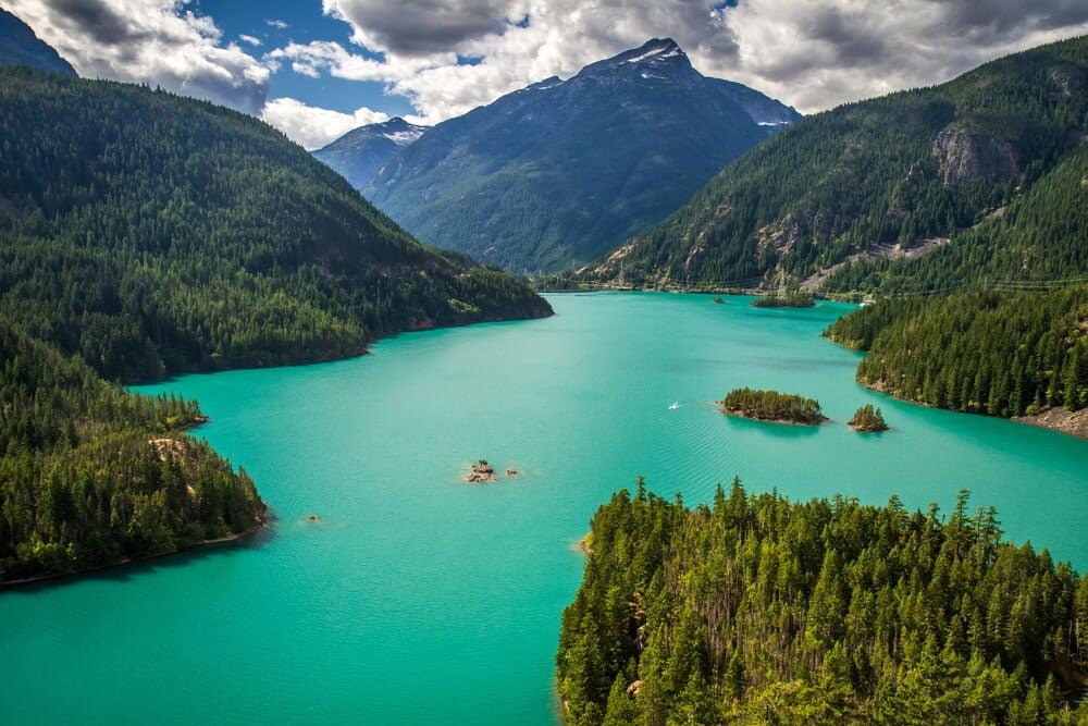Conoce la magnífica vista del lago Diablo en Washington