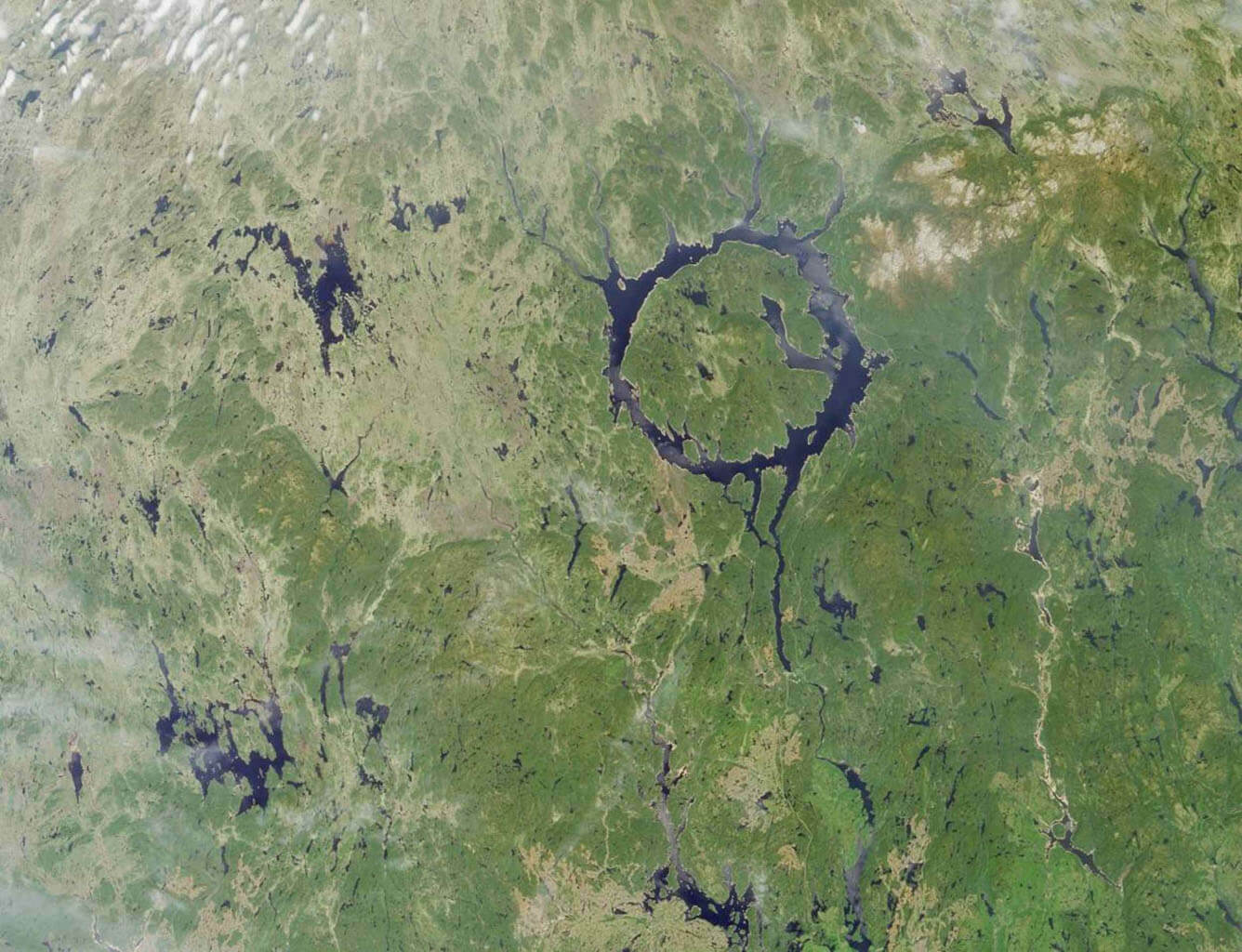Vista aérea del lago Manicouagan