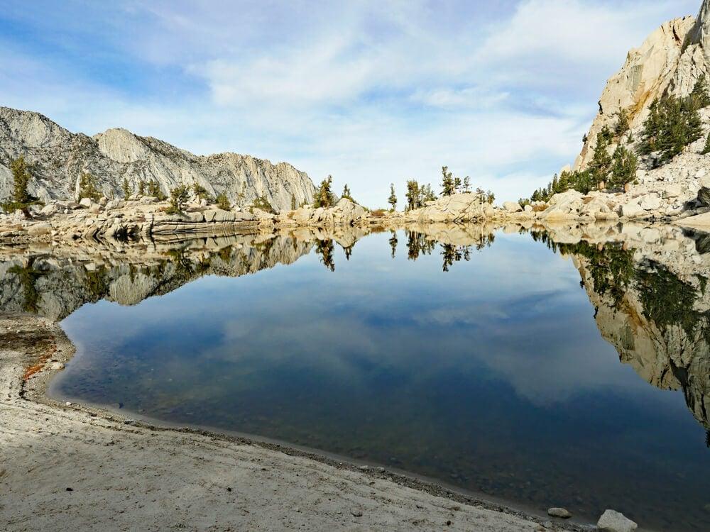 El lago Lone Pine en California, un buen lugar para refrescarse