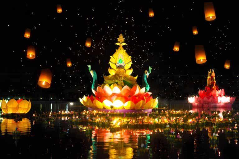 Loy Krathong y Yi Peng: festivales de luces en Chiang Mai