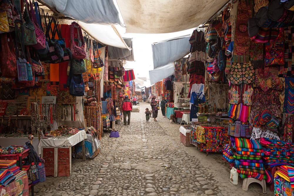 Chichicastenango: un colorido mercado indígena