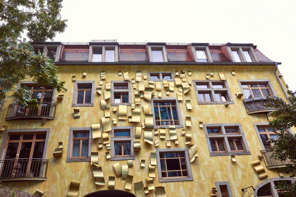 Patio de las luces en Kunsthofpassage