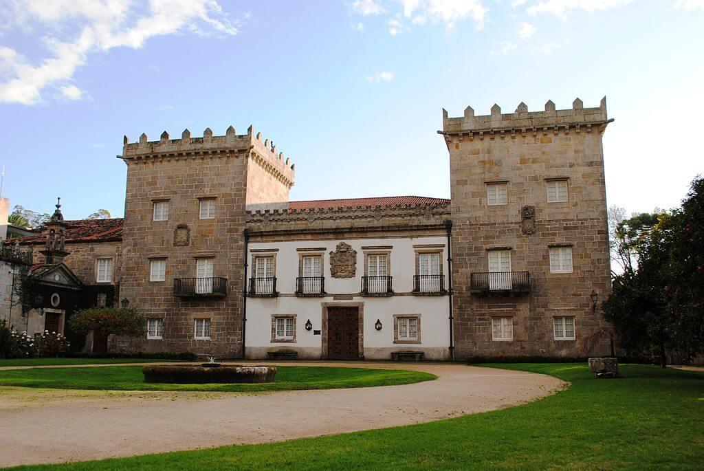Pazo Quiñones de León