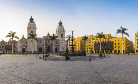 Vista de la plaza de Armas de Lima