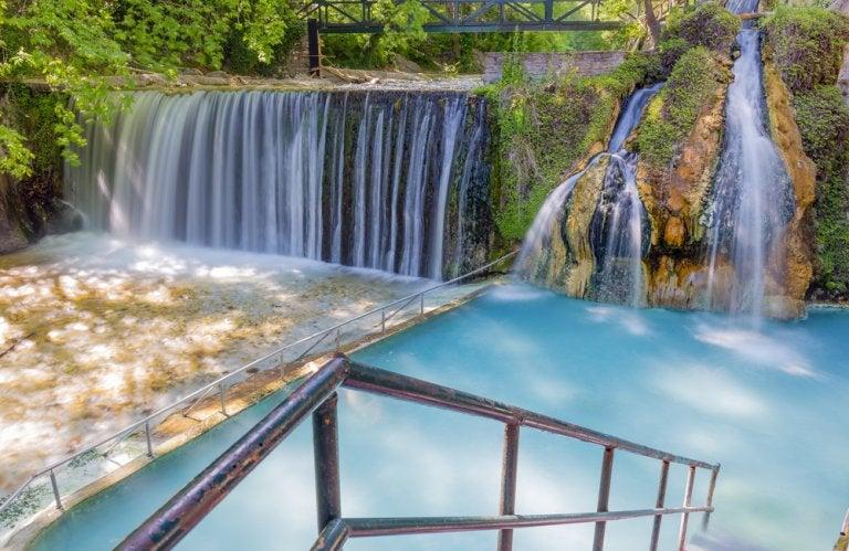 Descubre las aguas termales de Pozar, en Grecia