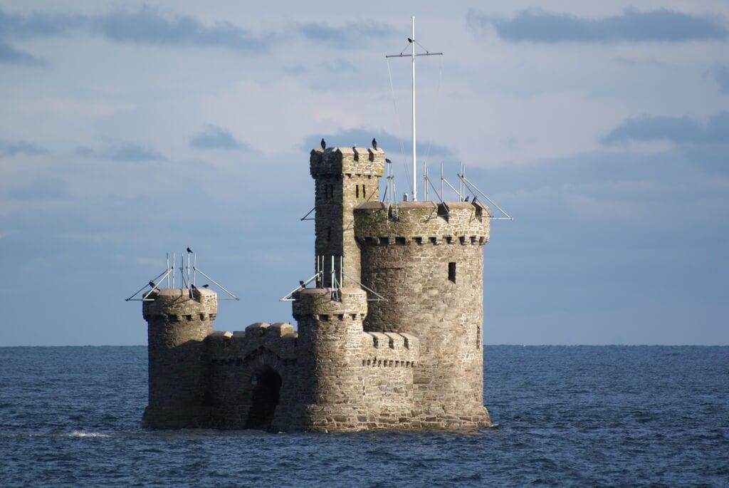 Visitar la Tower of Refuge, una de las cosas que hacer en la Isla de Man