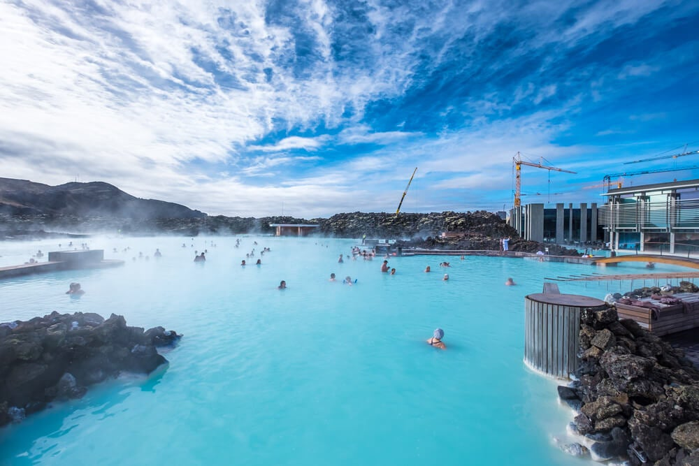 ¿Dónde nadar en aguas termales en Islandia?