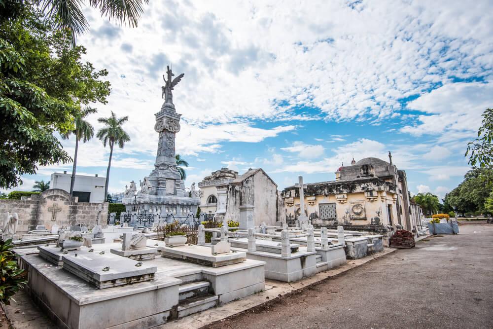 Vista del cementerio de Colón