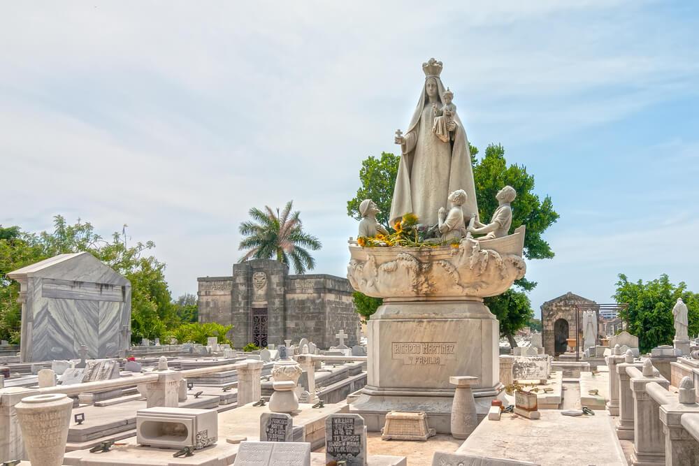 Los impactantes misterios del cementerio de Colón en Cuba