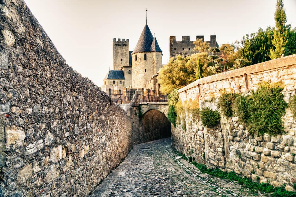 Calle de la ciudad medieval de Carcassonne