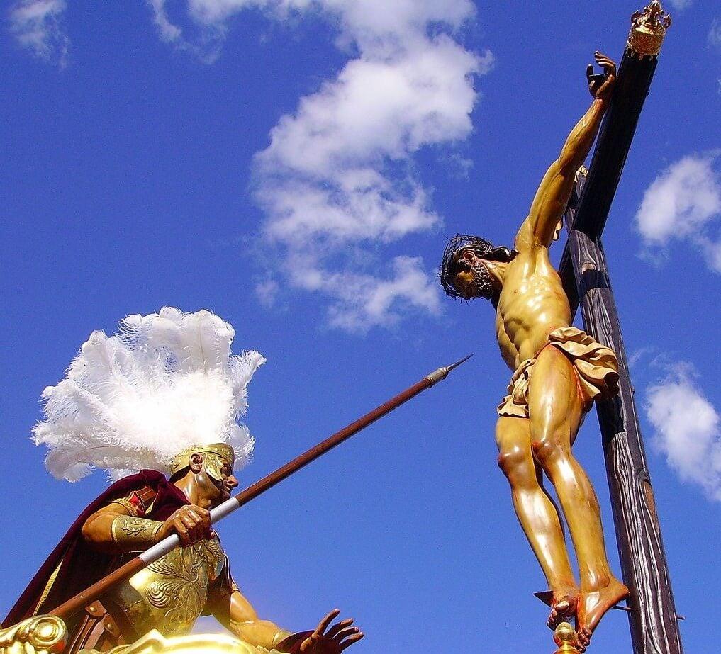Santísimo Cristo de la Lanzada procesionando en Granada