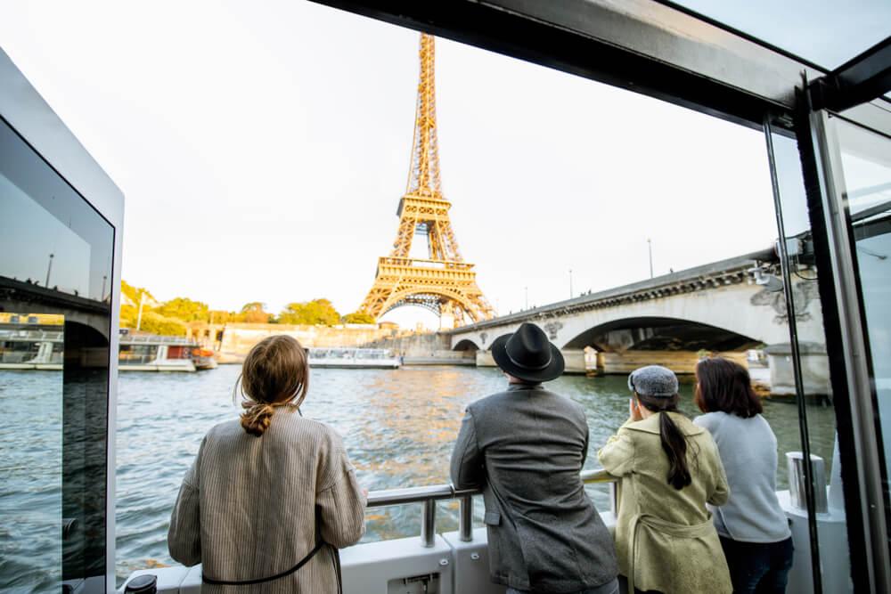 Crucero por el Sena con niños en París