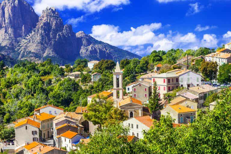 Descubre la isla de Córcega fuera de los caminos trillados