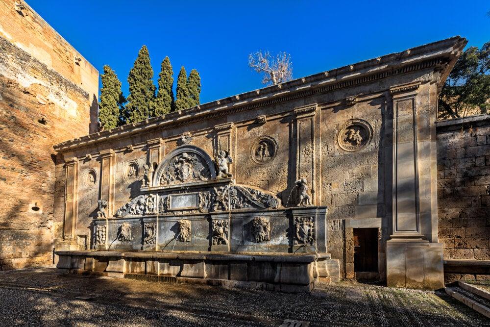 Fuentes históricas de Granada: otra forma de ver la ciudad
