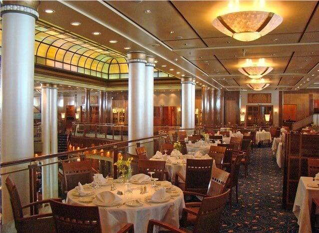 Interior del Queen Mary 2