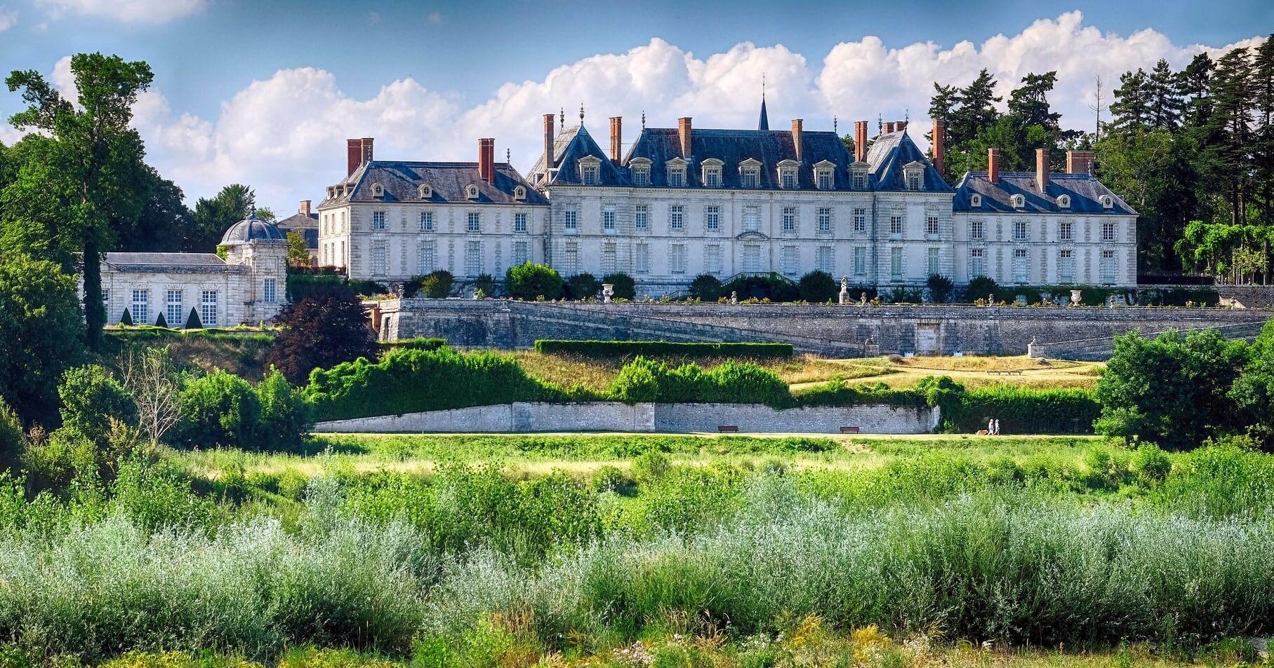Jardines del castillo de Menars