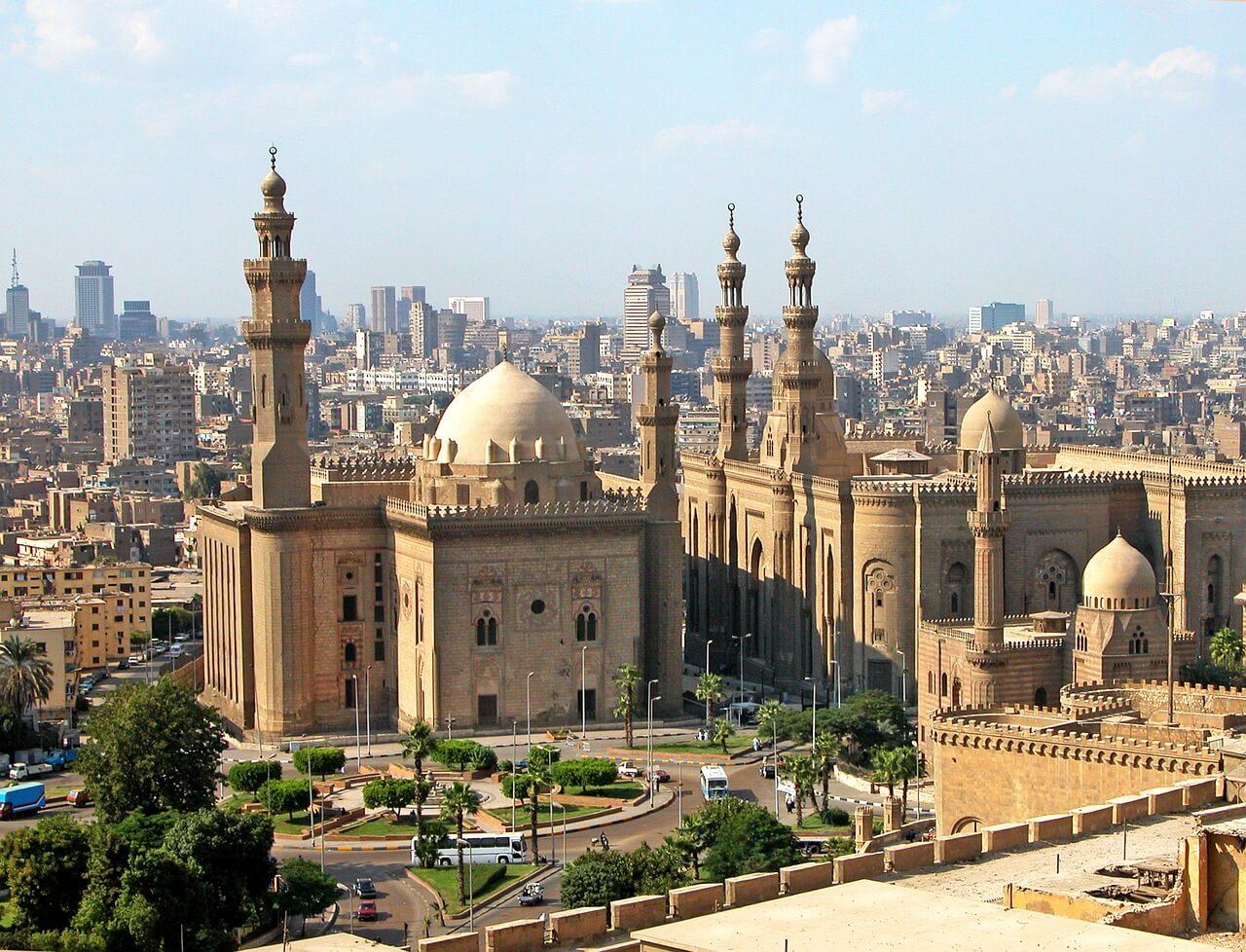 Mezquita del Sultán Hasán, uno de las razones para viajar a El Cairo