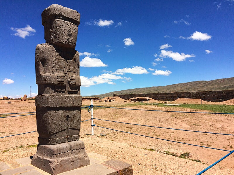 Monolito en la ciudad de Tahuanaco