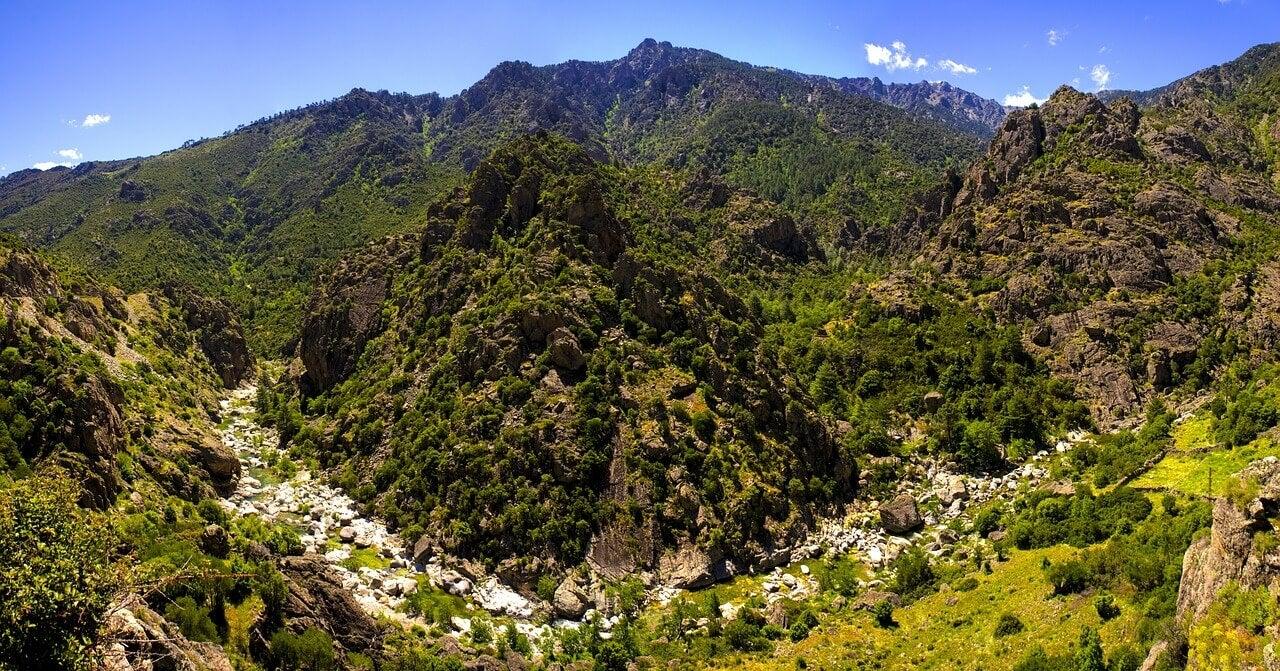 Montañas de la isla de Córcega