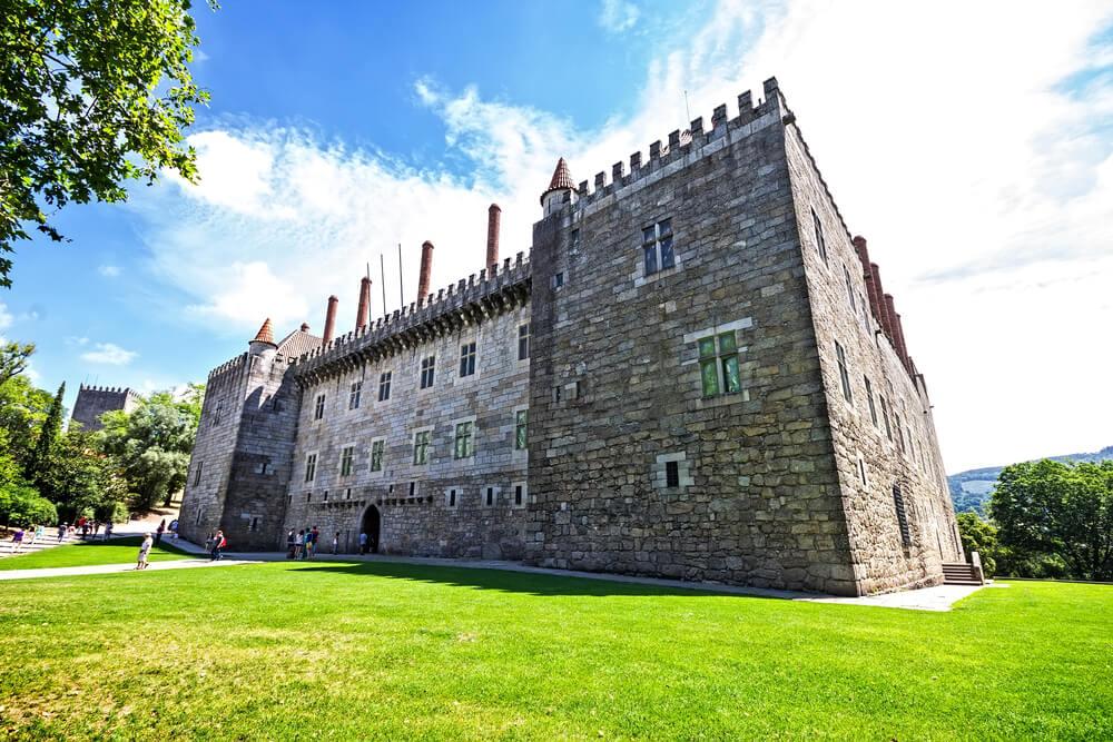 El Palacio de los duques de Braganza, la joya de Guimarães