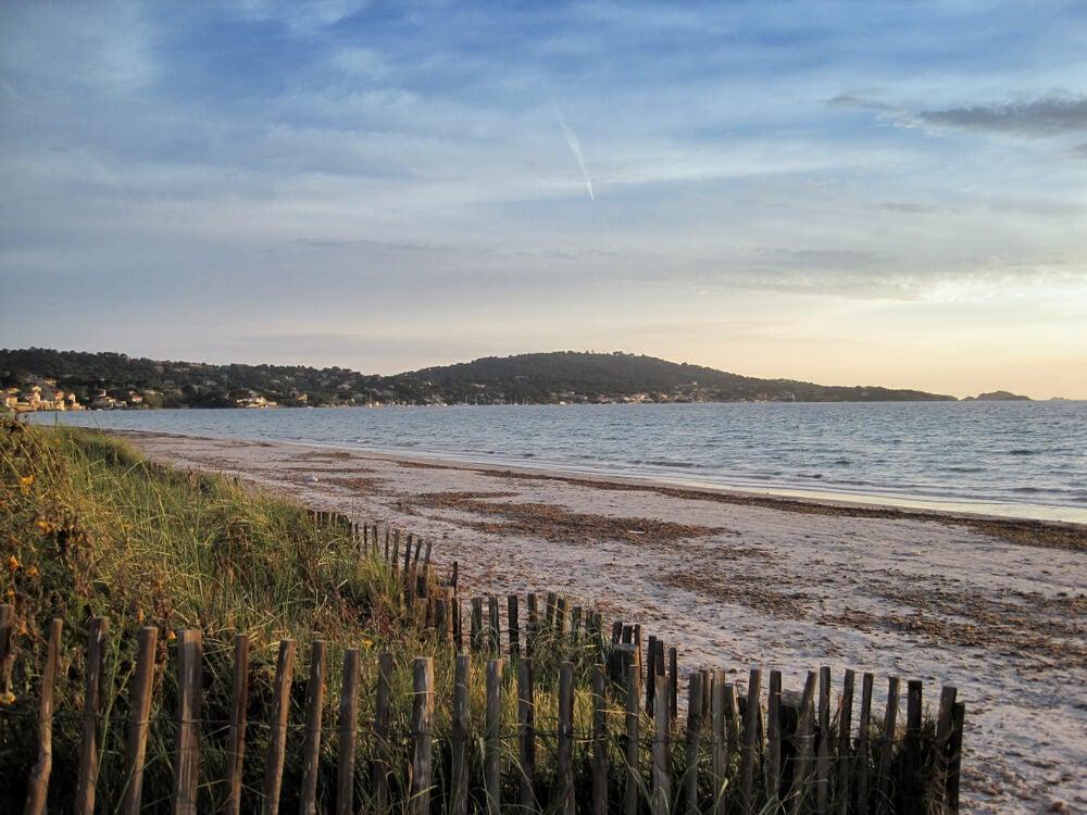 Vista de una de las playas de Hyères