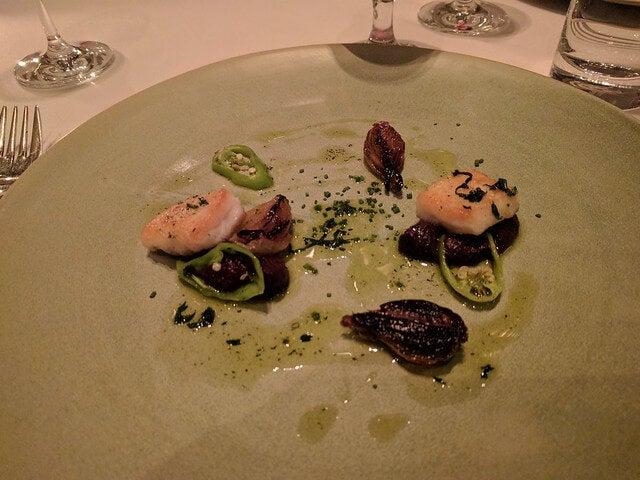 Plato de D.O.M. uno de los mejores restaurantes de América Latina