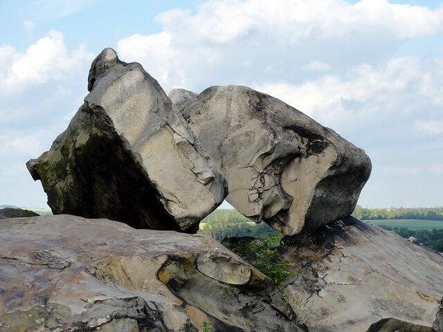 Rocas en el Muro del Diablo