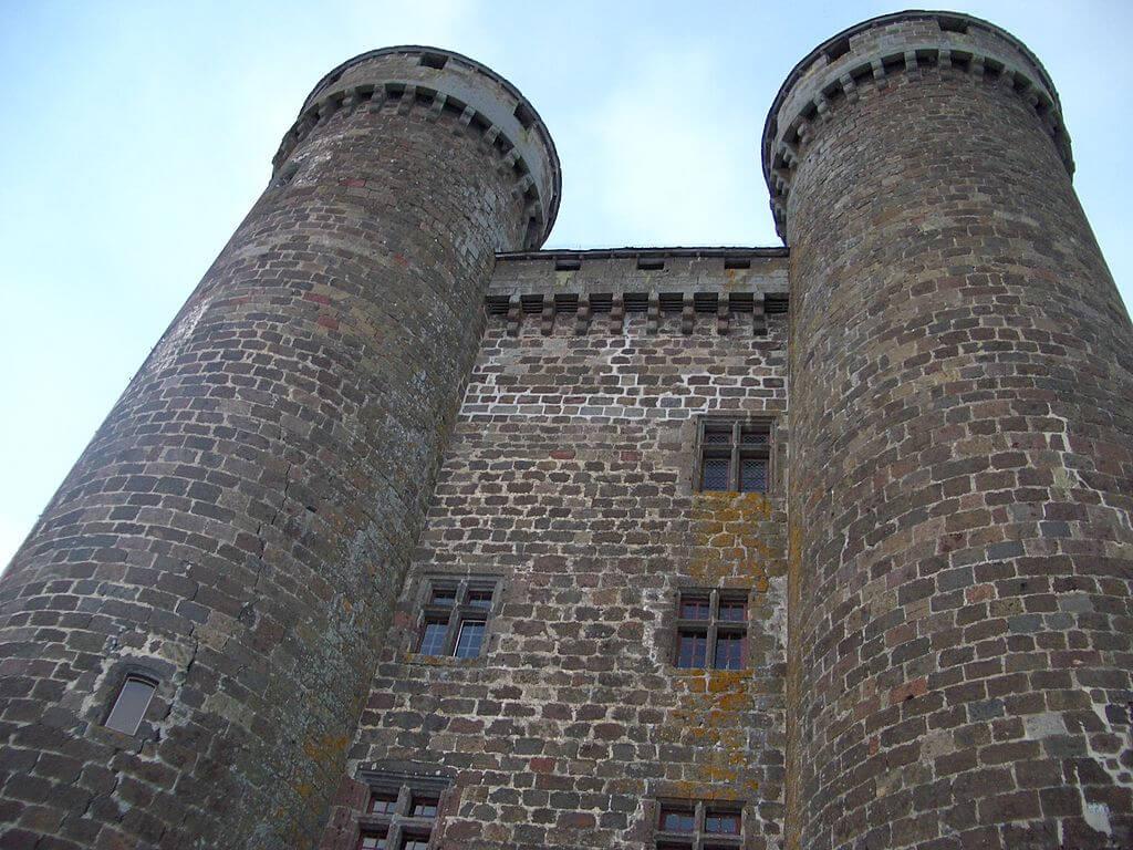 Torres del castillo de Anjony