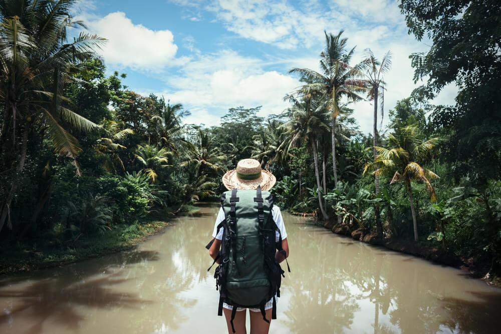 Viajera en la selva
