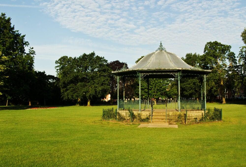 Vista de Abington Park