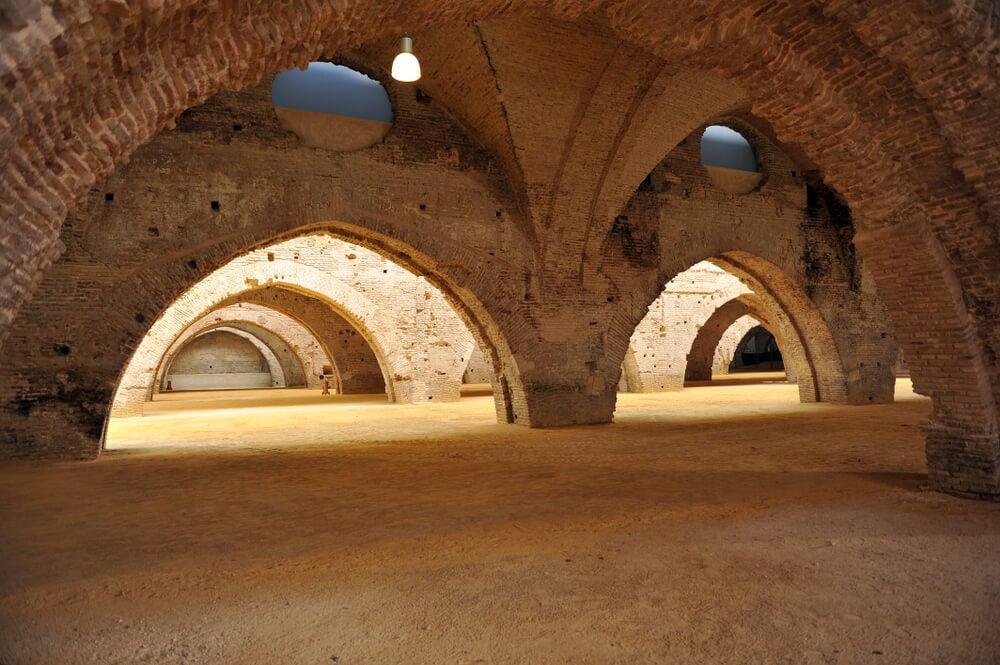 Interior de las Reales Atarazanas, lugar de rodaje de Juego de Tronos en Sevilla