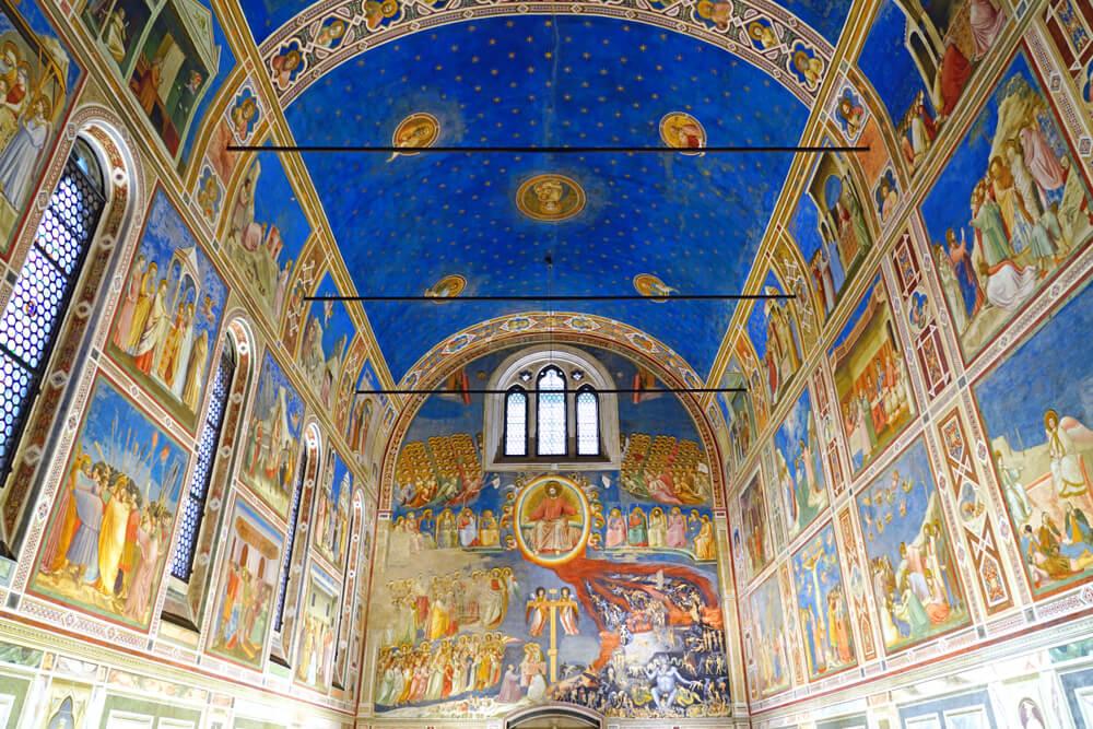 Interior de la capilla de los Scrovengi