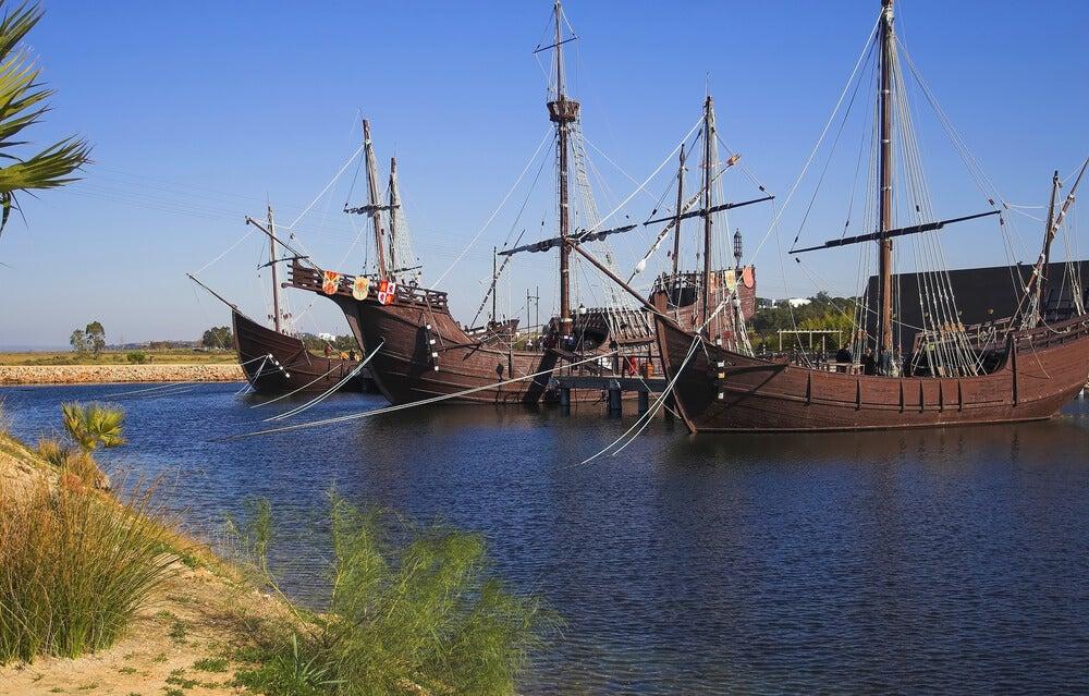 Reproducción de las carabelas de Colón