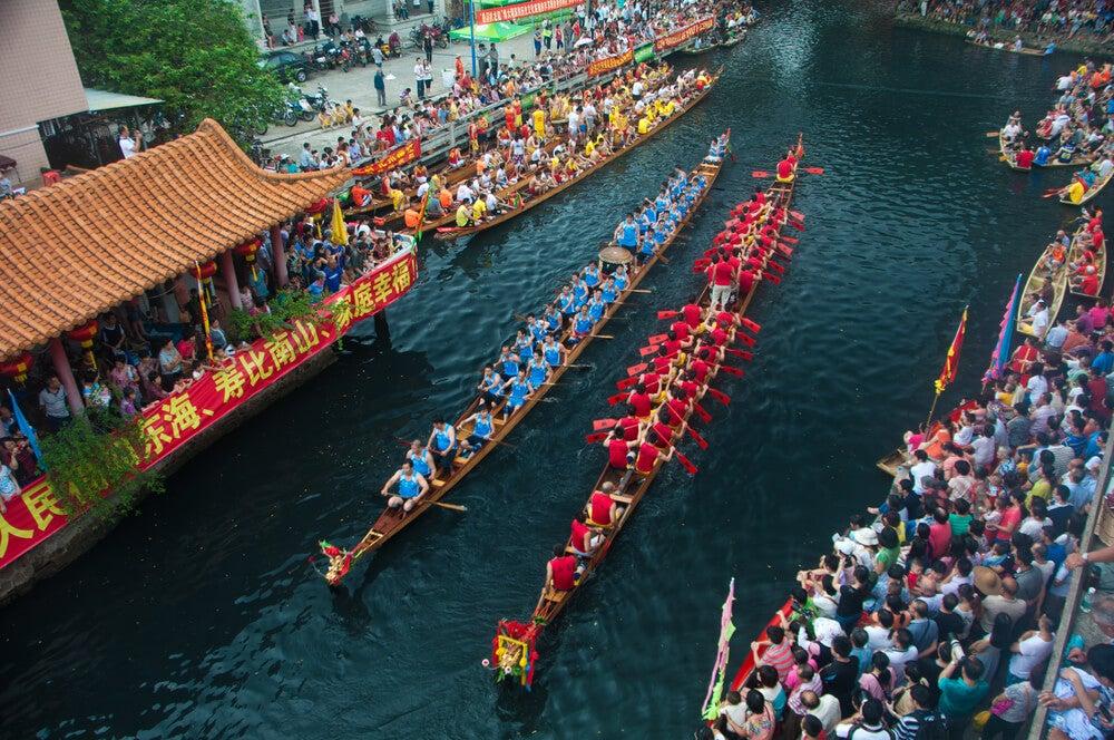 Carrera en el festival de los Botes de Dragón