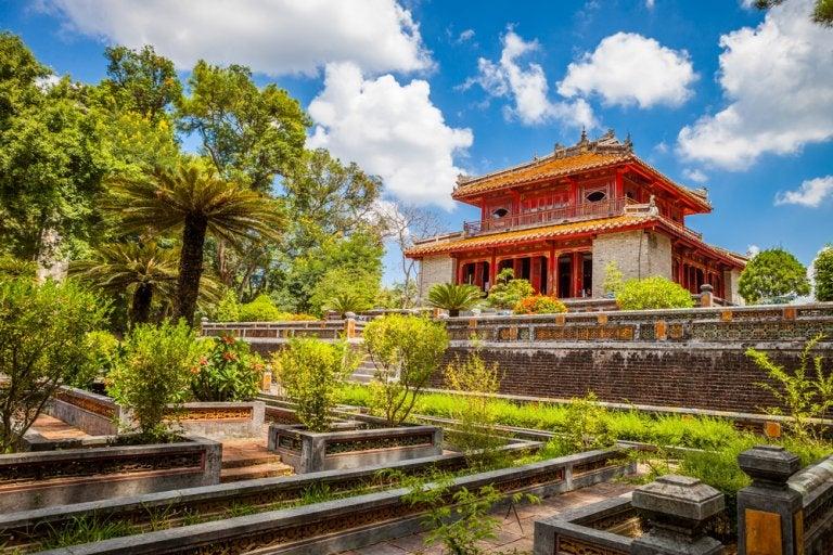 Descubre Hue: un tesoro en el corazón de Vietnam