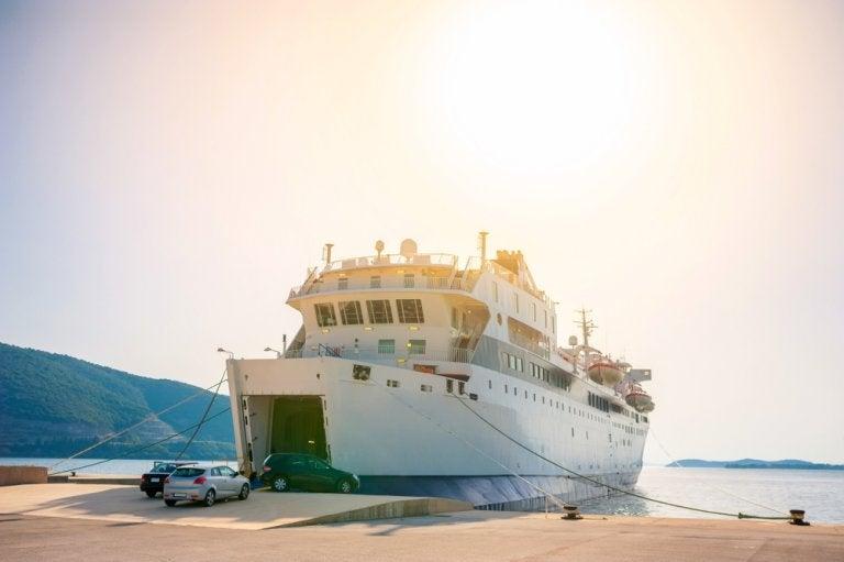 Tomar el 'ferry' a Córcega: ¿cuáles son las ventajas?